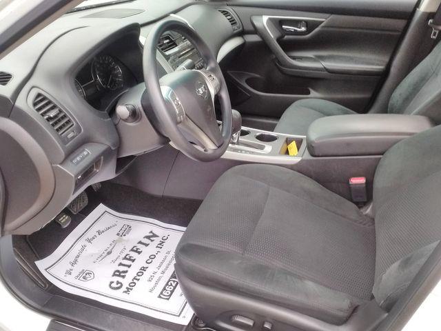 2015 Nissan Altima 2.5 Houston, Mississippi 6