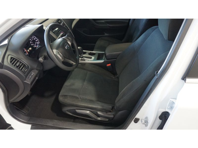 2015 Nissan Altima 25 S  city Texas  Vista Cars and Trucks  in Houston, Texas