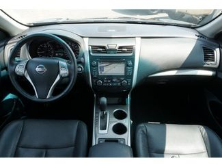 2015 Nissan Altima 25 SL  city Texas  Vista Cars and Trucks  in Houston, Texas