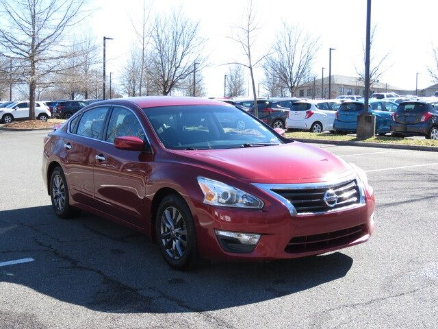 2015 Nissan Altima 2.5 S in Kernersville, NC 27284
