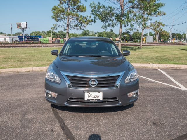 2015 Nissan Altima 2.5 SV with a 6 month 6000 miles warranty Maple Grove, Minnesota 4