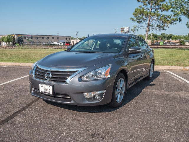 2015 Nissan Altima 2.5 SV with a 6 month 6000 miles warranty Maple Grove, Minnesota 1