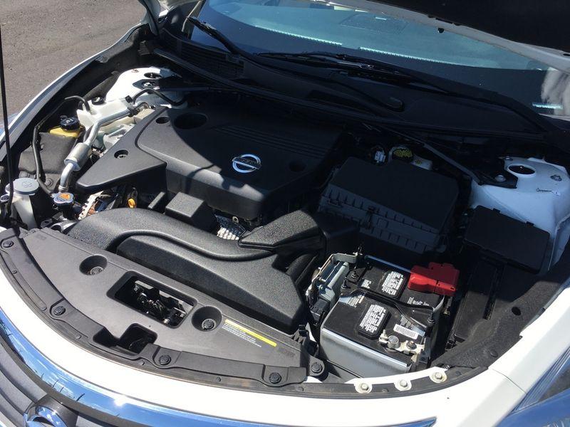 2015 Nissan Altima 25 SL  city GA  Malones Automotive  in Marietta, GA