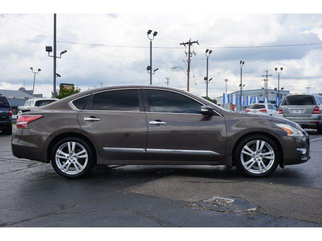 2015 Nissan Altima 3.5 SL in Memphis, TN 38115