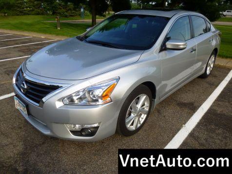 2015 Nissan Altima 2.5 SL * LOADED W/ OPTIONS * in Minnetonka, Minnesota