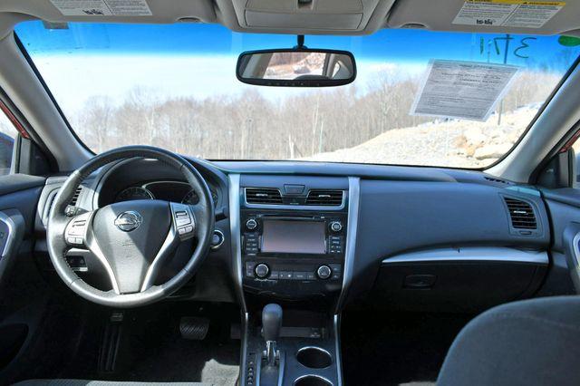 2015 Nissan Altima 2.5 SV Naugatuck, Connecticut 18