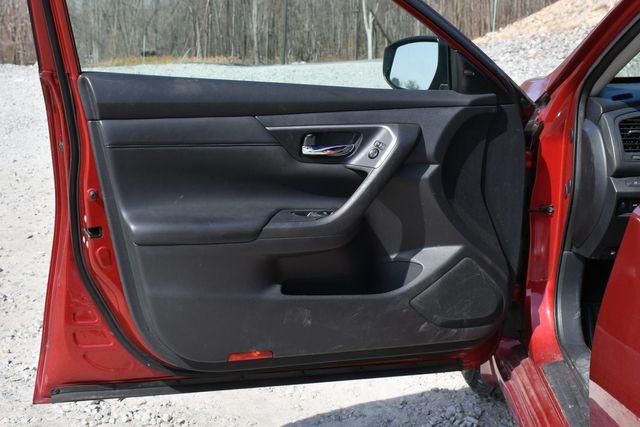 2015 Nissan Altima 2.5 SV Naugatuck, Connecticut 21