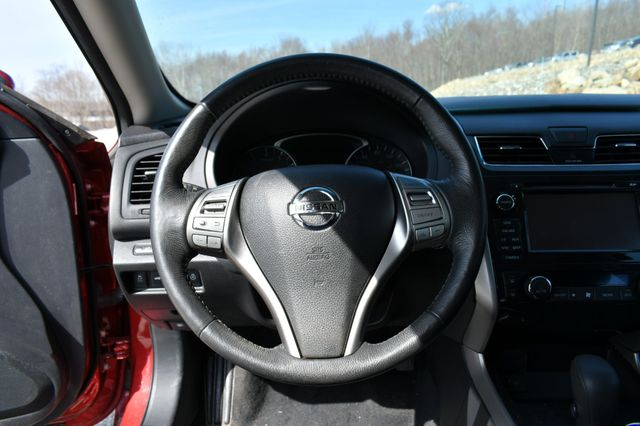 2015 Nissan Altima 2.5 SV Naugatuck, Connecticut 23