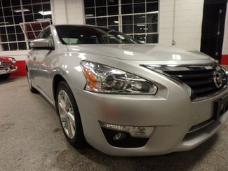 2015 Nissan Altima 2.5l ultra low  miles, completely loaded, like new! Saint Louis Park, MN 18