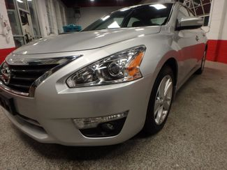 2015 Nissan Altima 2.5l ultra low  miles, completely loaded, like new! Saint Louis Park, MN 20