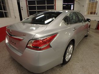2015 Nissan Altima 2.5l ultra low  miles, completely loaded, like new! Saint Louis Park, MN 11