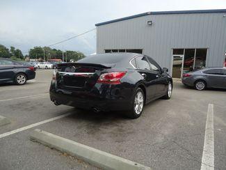 2015 Nissan Altima SL TECH PKG. NAVI. SUNRF. LTHR. BOSE. BLIND SPOT SEFFNER, Florida 15