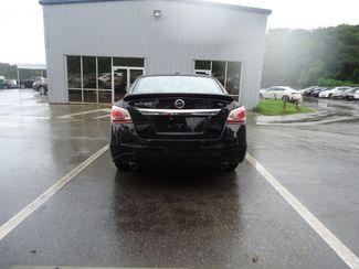 2015 Nissan Altima SL TECH PKG. NAVI. SUNRF. BOSE. BLIND SPOT SEFFNER, Florida 14