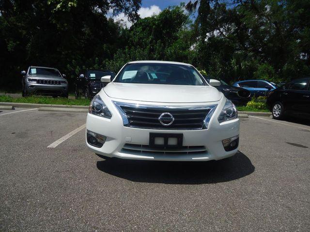 2015 Nissan Altima SL TECH PKG. NAVI. SUNRF. BOSE SOUND BLIND SPOT SEFFNER, Florida 14