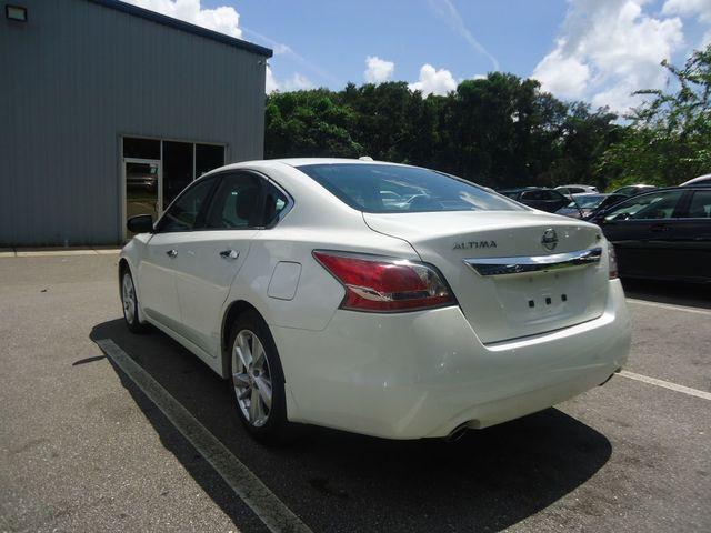 2015 Nissan Altima SL TECH PKG. NAVI. SUNRF. BOSE SOUND BLIND SPOT SEFFNER, Florida 16
