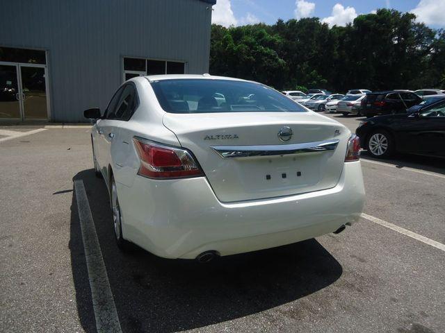 2015 Nissan Altima SL TECH PKG. NAVI. SUNRF. BOSE SOUND BLIND SPOT SEFFNER, Florida 17