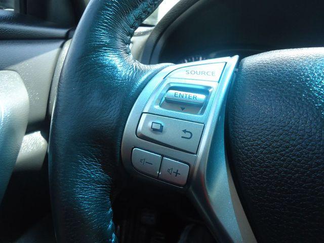 2015 Nissan Altima SL TECH PKG. NAVI. SUNRF. BOSE SOUND BLIND SPOT SEFFNER, Florida 32