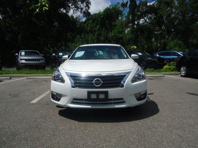 2015 Nissan Altima SL TECH PKG. NAVI. SUNRF. BOSE SOUND BLIND SPOT SEFFNER, Florida 9