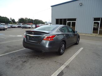 2015 Nissan Altima SPORT VALUE PK. WHEELS. SPOILER. CAMERA SEFFNER, Florida 14