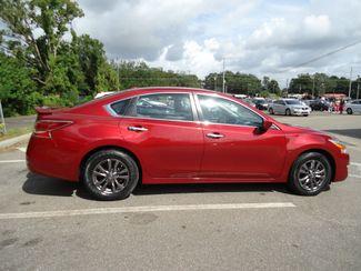 2015 Nissan Altima SPORT VALUE PK. BLACK WHEELS. SPOILER. CAMERA SEFFNER, Florida 13