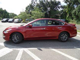 2015 Nissan Altima SPORT VALUE PK. BLACK WHEELS. SPOILER. CAMERA SEFFNER, Florida 4