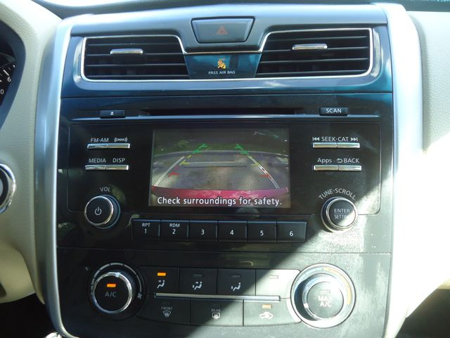 2015 Nissan Altima SPORT VALUE PK. SPOILER. WHEELS. CAMERA SEFFNER, Florida 31