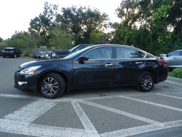 2015 Nissan Altima SPORT VALUE PKG. SPOILER. CAMERA. WHEELS SEFFNER, Florida 4