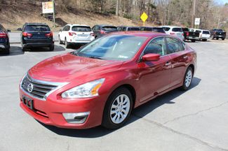 2015 Nissan Altima 25  city PA  Carmix Auto Sales  in Shavertown, PA