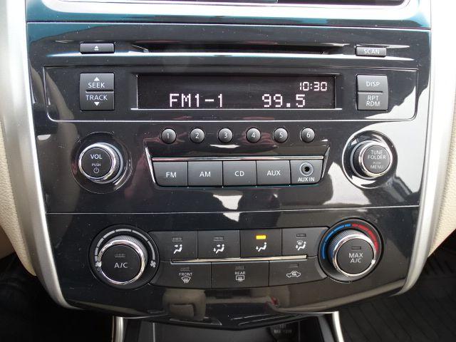 2015 Nissan Altima 2.5 S Valparaiso, Indiana 15