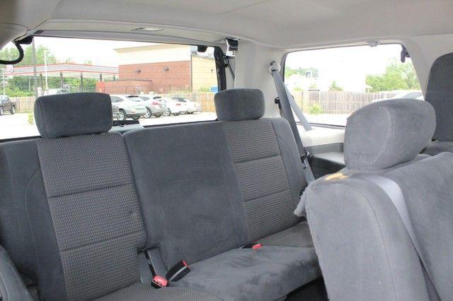 2015 Nissan Armada SV St. Louis, Missouri 10
