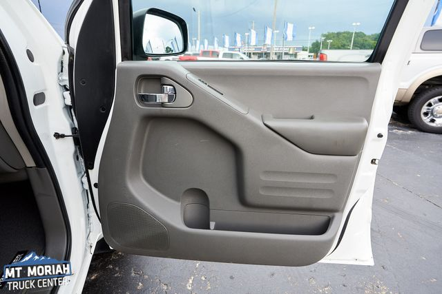 2015 Nissan Frontier SV 4X4 in Memphis, Tennessee 38115