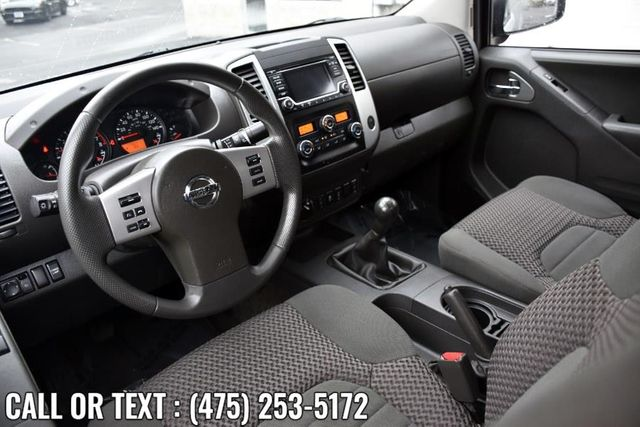 2015 Nissan Frontier SV Waterbury, Connecticut 2