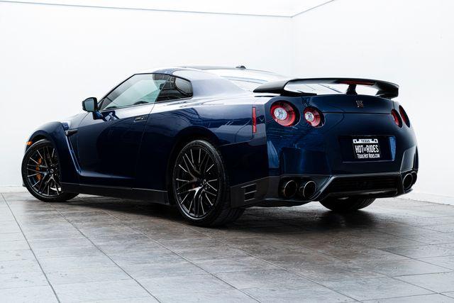 2015 Nissan GT-R Black Edition in Addison, TX 75001