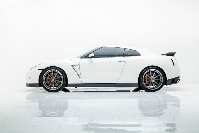 2015 Nissan GT-R Premium With Many Upgrades in , TX 75006