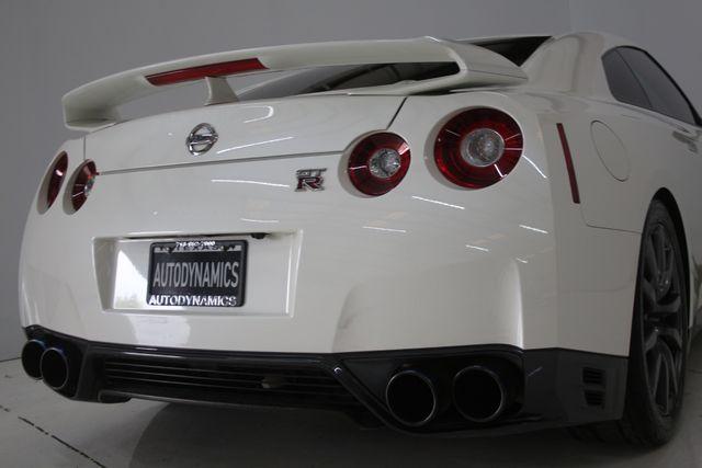 2015 Nissan GT-R Premium Houston, Texas 13