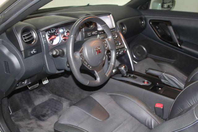 2015 Nissan GT-R Premium Houston, Texas 16