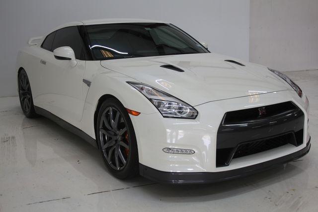 2015 Nissan GT-R Premium Houston, Texas 8