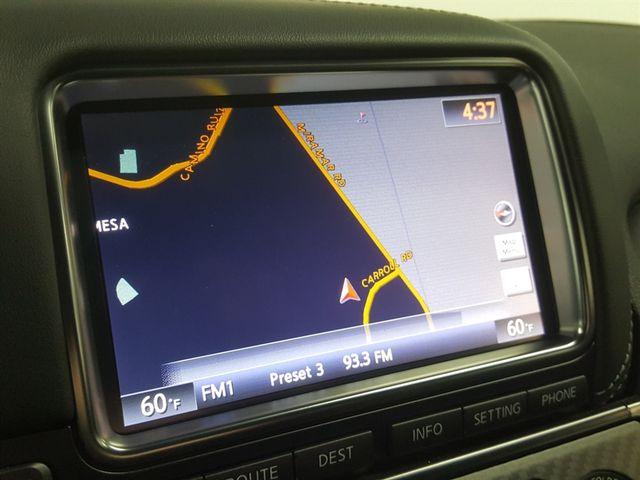 2015 Nissan GT-R La Jolla, California 11