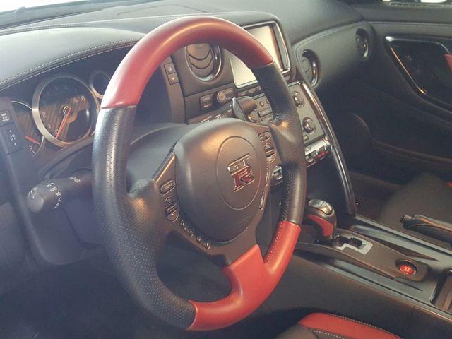 2015 Nissan GT-R La Jolla, California 14