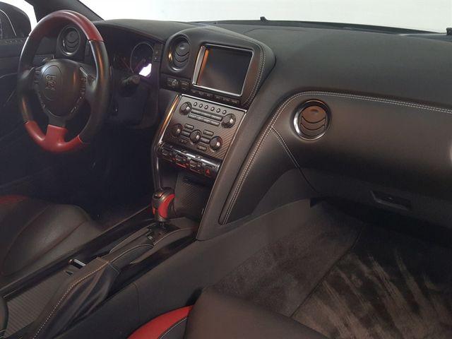 2015 Nissan GT-R La Jolla, California 15