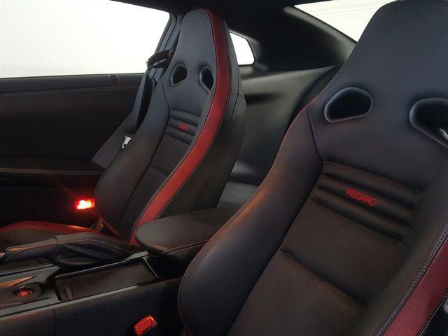 2015 Nissan GT-R La Jolla, California 17