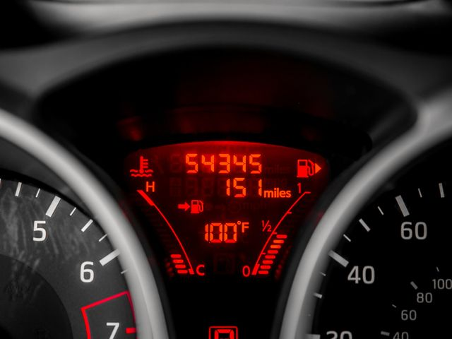 2015 Nissan JUKE S Burbank, CA 23