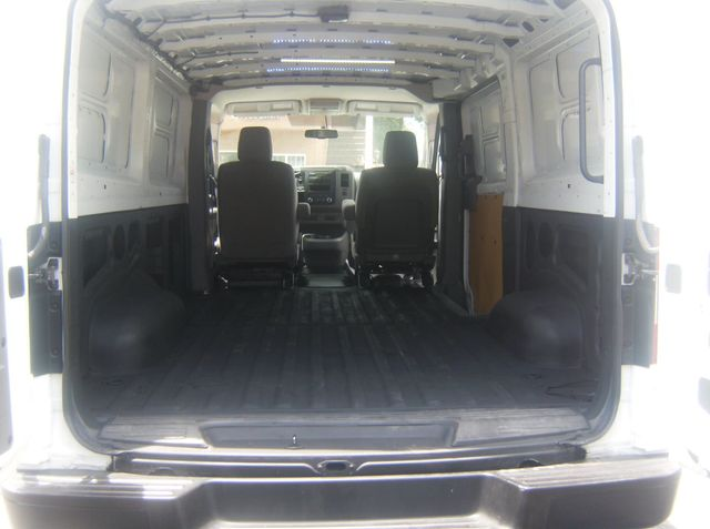 2015 Nissan NV2500HD S Los Angeles, CA 10