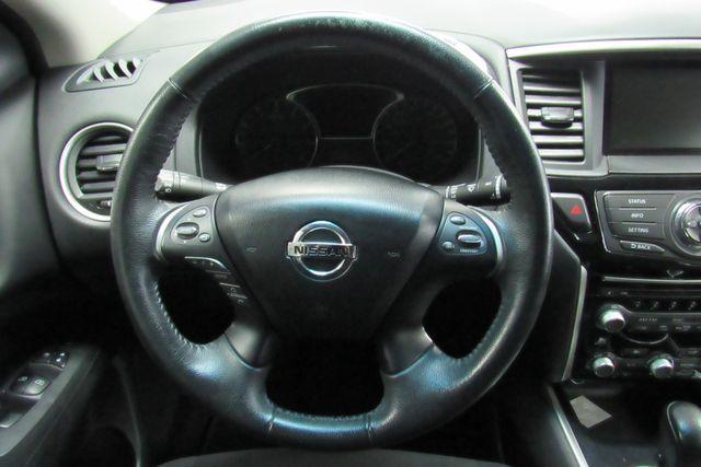 2015 Nissan Pathfinder SV Chicago, Illinois 13