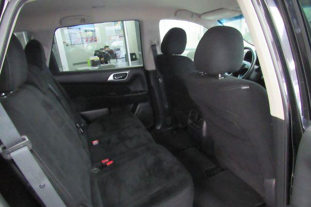 2015 Nissan Pathfinder SV Chicago, Illinois 8
