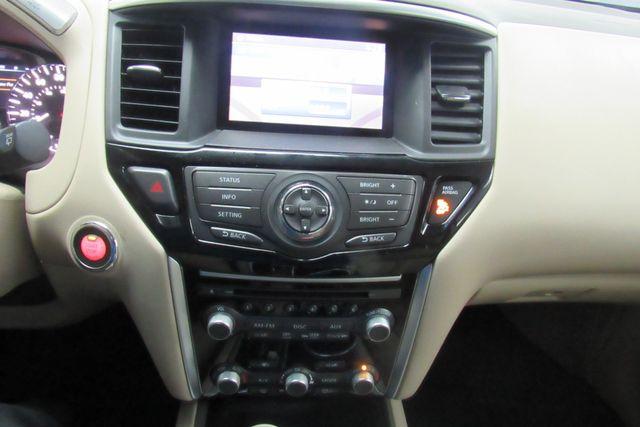 2015 Nissan Pathfinder SV Chicago, Illinois 25