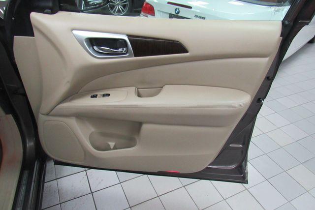 2015 Nissan Pathfinder Platinum Chicago, Illinois 11