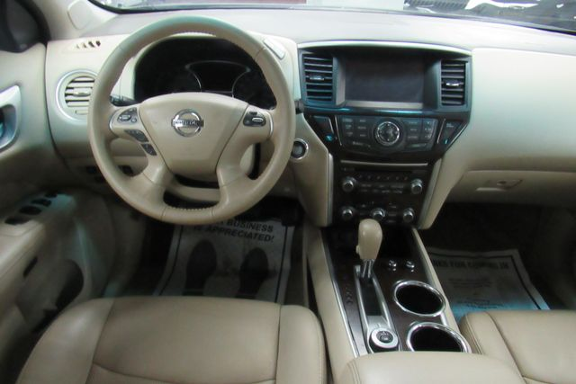 2015 Nissan Pathfinder Platinum Chicago, Illinois 24