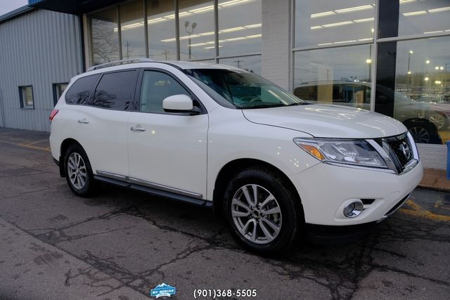 2015 Nissan Pathfinder SL in Memphis, Tennessee 38115