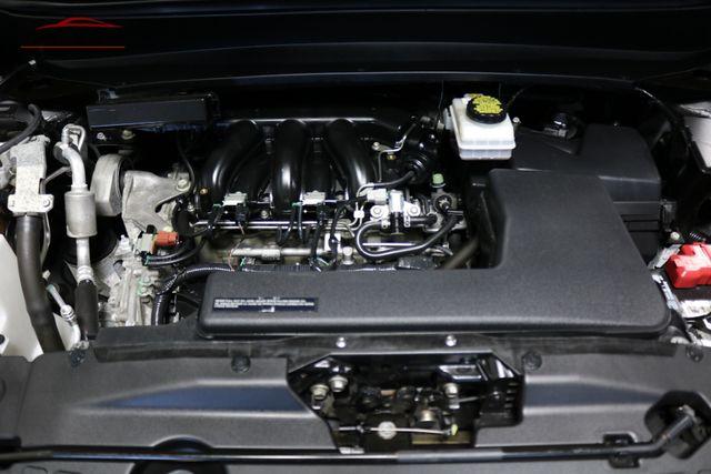 2015 Nissan Pathfinder SL Merrillville, Indiana 8